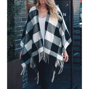 Accessories - BLACK WHITE BUFFALO CHECK FRINGE RUANA PONCHO